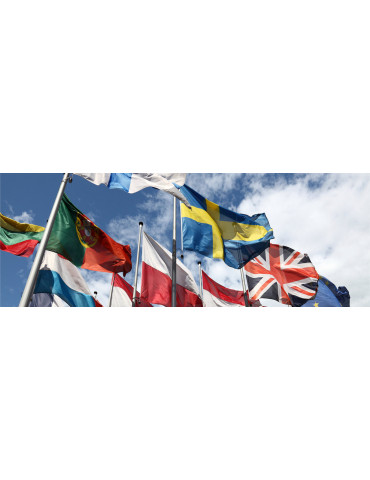 Flaggor i tyg utomhus
